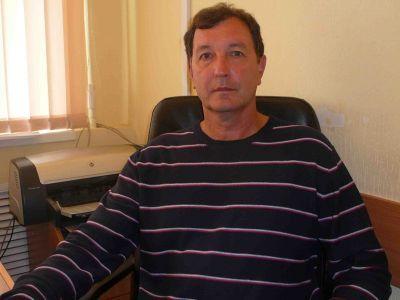 Поздравляем с днем рождения тренера-преподавателя ДЮСШ «Водник» Юрия Геннадьевича Кулакова.