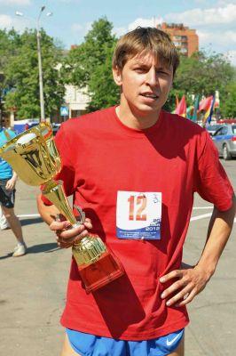 Поздравляем с днем рождения воспитанника автозаводской КСДЮСШОР №1 мастера спорта международного класса Олега Мишукова.